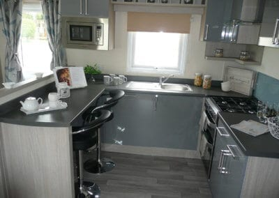 Willerby Regal Kensington OH Kitchen