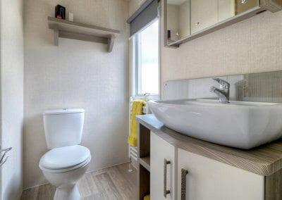 2019 Victory Westpark YHHP Bathroom 2
