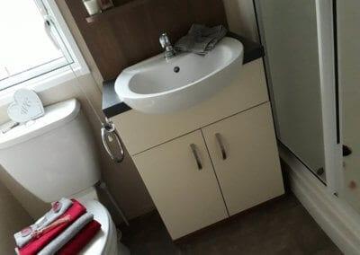 pre-owned 2013 ABI Alderley Bathroom 1