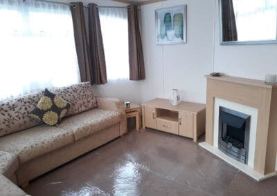2010 Carnaby Melrose Lounge