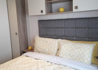 YHHP 2019 Carnaby Oakdale Double Bed