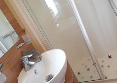 YHHP 2011 BK Bluebird Sheraton Bathroom 2