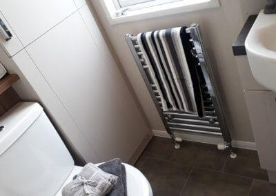 YHHP 2019 Willerby Sheraton Bathroom 1