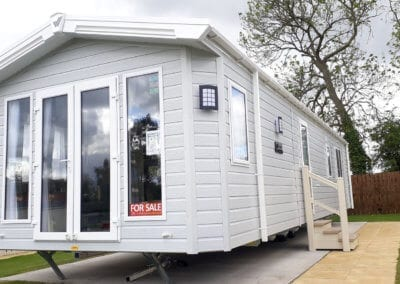 YHHP 2019 Willerby Sheraton Exterior