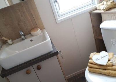 YHHP 2019 ABI Cove Bathroom 1