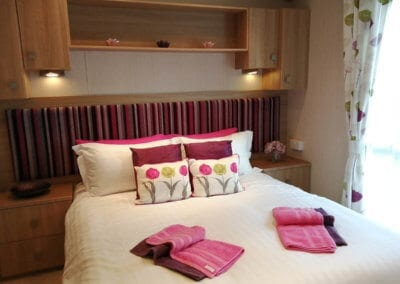 YHHP Abi Sunningdale 2013 Double Bed