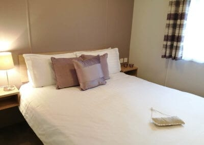 YHHP Carnaby Ashdale 2016 Double Bed