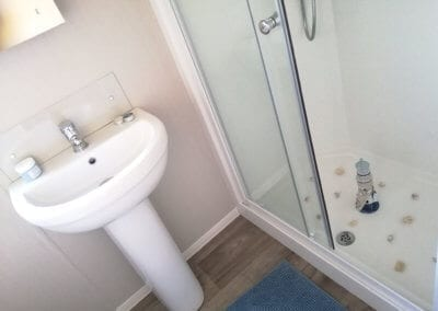 YHHP 2020 Willerby Manor Shower Room