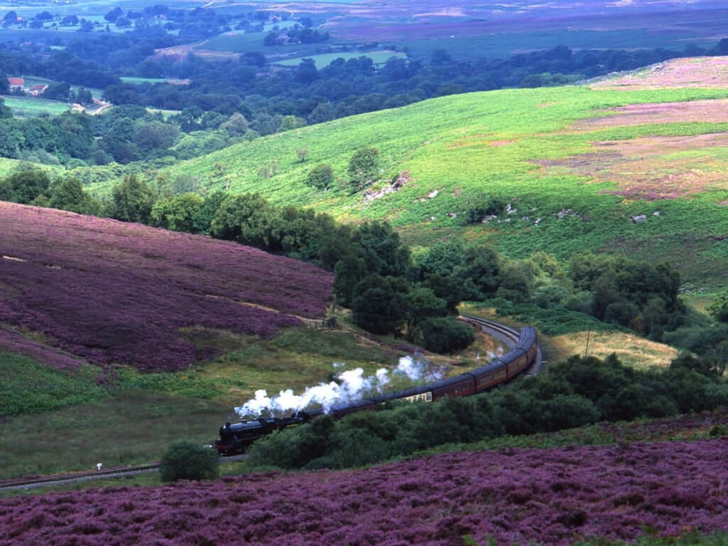 English-Tourism-Week-North-York-Moors-Railway